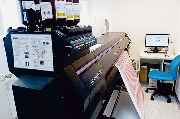tlaciaren-UCJV-300-160
